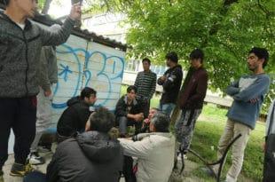 У малозворничким селима страх због хиљада миграната који покушавају да се докопају Босне 8