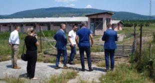 Изетбеговић насељава мигранте у напуштена српска села!