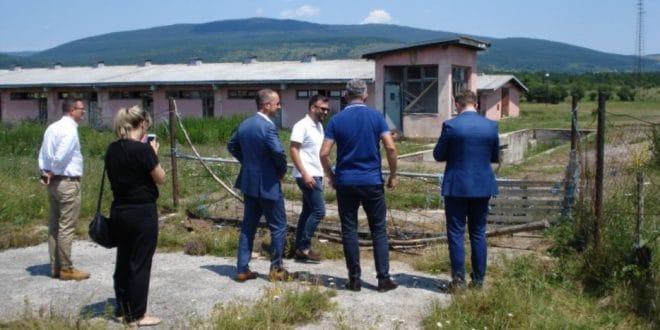 Изетбеговић насељава мигранте у напуштена српска села! 1