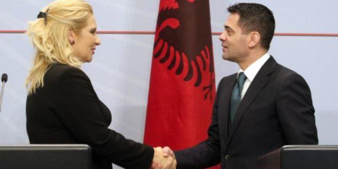 Стратешки важно да Србија преко Албаније изађе на море? Онда кокаин камионима из албанских лука да пребацујете у Србију!