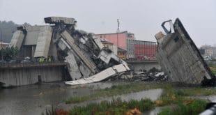 Након удара грома: код Ђенове се срушио надвожњак – најмање 35 погинулих (видео)