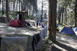 Мигранти са речног острва на Дрини враћени у Србију