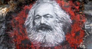 Комунизам Мозеса Мордекаја Левија