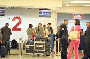 ИДИОТЕ, сваки месец се из Србије исели око 4.000 радно способних људи!