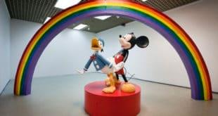 Мики Маус и даље гузи Пају Патка у Културно-информативном центру Србије у Паризу 9