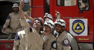 """Дамаск: """"Бели шлемови"""" отели 44 деце ради инсценирања хемијског напада 6"""