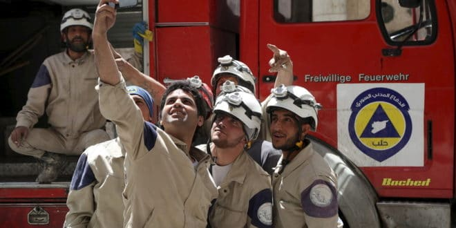 """Дамаск: """"Бели шлемови"""" отели 44 деце ради инсценирања хемијског напада 1"""
