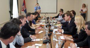 Напредне економске убице по наређењу ММФ-а настављају да уништавају српску економију и привреду 12