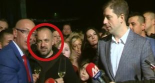 Ђурићу одакле ти новац за нови стан и да ли добијаш 10 000 евра месечно од Милана Радојичића?