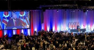 """Трамп демократе назвао """"гадним"""" и објавио да ће се укључити у нову истрагу против Клинтонове 5"""