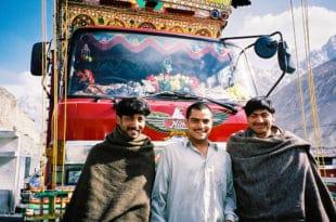 Најављено масовно запошљавање миграната из Пакистана у ГСП, наши возачи одлазе због ниских плата!