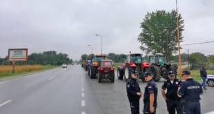 Произвођачи сунцокрета протестовали у Пожаревцу, прете радикализацијом (видео) 10