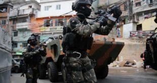 Војска на улицама Рио де Жанеира, десетине мртвих (видео) 9