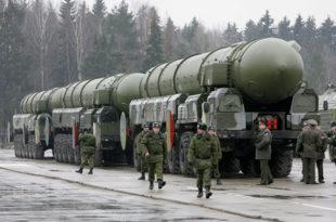 """Русија и Кина у септембру изводе највеће војне маневре у историји """"Восток-2018"""""""