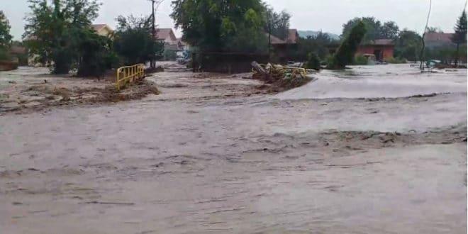 ПОТОП: Овако је данас било у Жагубици (видео)
