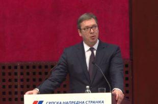 Вучић ослобађа пореза послодавце који запосле мигранте! (видео)