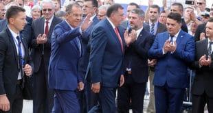 Лаврова и Русију у Бањалуци дочекали народ и градња српско-руског храма