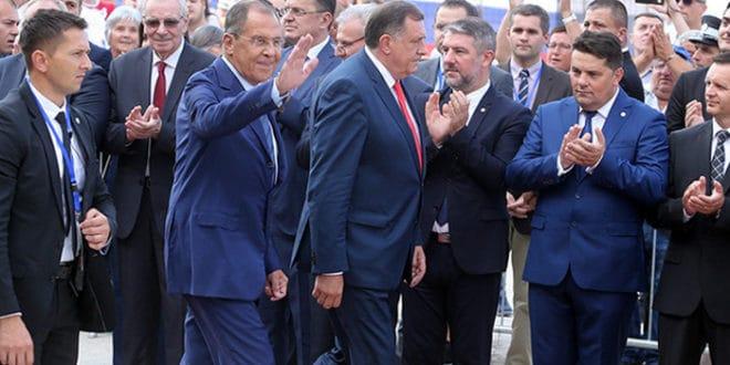 Лаврова и Русију у Бањалуци дочекали народ и градња српско-руског храма 1