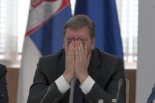 Вучић опет лаже о српској економији