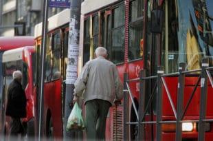 Србија: Од сутра увече укидање јавног превоза, од недеља затварање ресторана, кафића и тржних центара