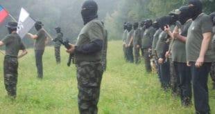 """СЛОВЕНИЈА: Наоружани словеначки десничари се """"спремају за рат са муслиманима и левичарима"""" (фото, видео) 11"""