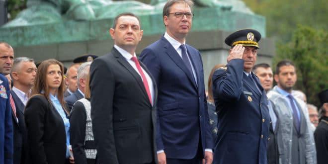 Како је шизофрени врховни комадант сатро и оружане снаге: Војска Србије у стечају
