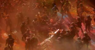 ХАОС У БАРСЕЛОНИ: Повређено 14 и ухапшено шест особа у сукобу каталонских сепаратиста и полиције (видео) 8