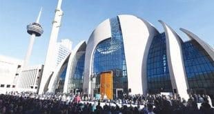 Ердоган у Келну отворио највећу џамију у Европи, за Турке тражи двојно држављанство 13