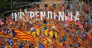 """Милион људи у Барселони тражио """"Каталонску Републику"""" 9"""
