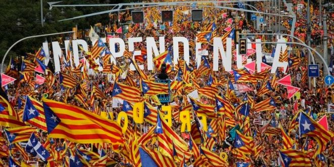 """Милион људи у Барселони тражио """"Каталонску Републику"""" 1"""