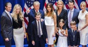 Водитељ америчке телевизије MSNBC алудира да ће Трамп и његова породица завршити као Романови