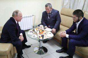 Путин честитао Нурмагомедову: Сви ми Руси можемо тако да скочимо да неће знати шта их је снашло (видео) 1