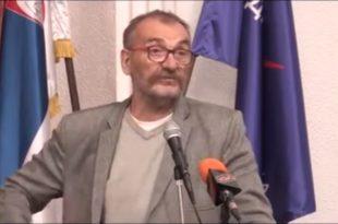 Синиша Ковачевић: Доста је, рођаци! (видео)