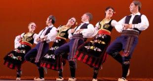 СВАДБЕНО КОЛО КАО РИТУАЛ: Многи не знају да српска традиционална игра има много дубље значење од чисте забаве