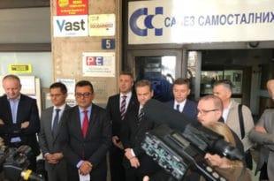 Савез за Србију: РЕМ не сме да буде још једна режимска испостава, већ под хитно мора да обезбеди пуну примену Закона о електронским медијима – најпре да казни РТС и РТВ и укине националну фреквенцију ТВ Пинк 8