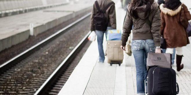 Србија: Младост бежи у галопу, преко 60.000 напустило земљу у 2015. години 1