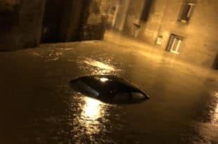 ПОПЛАВЕ ЗАВИЛЕ ФРАНЦУСКУ У ЦРНО: Најмање 6 мртвих, бујица однела људе на спавању! (видео) 11