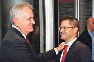 Јеремићева Народна странка у Крагујевцу подржала Радомира Николића и СНС!