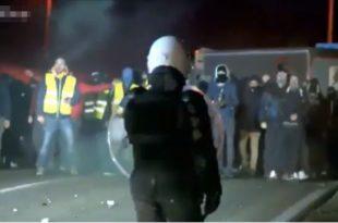 Против Макрона сад протестују и у Белгији!? (видео)
