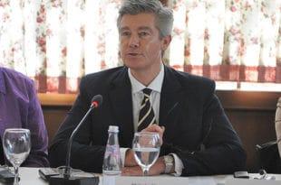 """ЕУ прогони судију који је оптужио Еулекс за корупцију, а Србију би да пропитује из """"владавине права"""""""