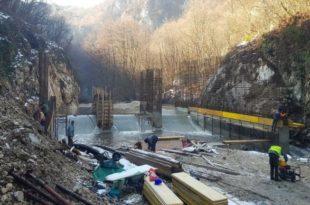 Убијање реке Млаве зарад веома мало струје (фото)