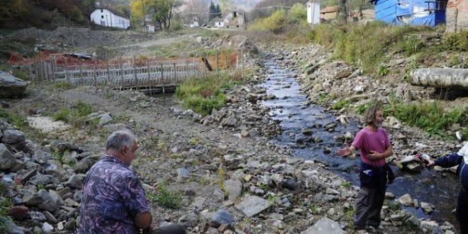 Србија се брани у Ракити: Мештани отерали багере и објавили ПОБЕДУ НАД ИНВЕСТИТОРИМА! (фото, видео) 1