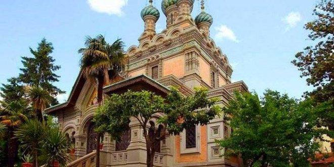Због неканонских поступака, парохија у Фиренци прешла из јурисдикције Цариградске патријаршије у Руску заграничну цркву 1