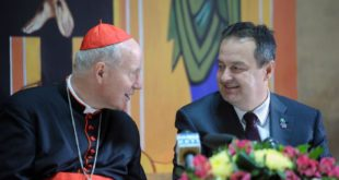 Ти ћеш ђубре комуњарско да позиваш папу у православну Србију!? 13