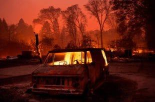 Гори Калифорнија: Има мртвих, уништено на хиљаде објеката, евакуисано 157.000 људи (видео)