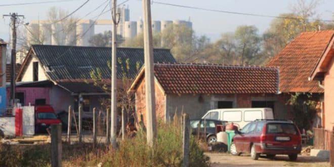 Чачанског поштара брутално претукло 30 Рома – Ударали га аутомобилским ДИЗАЛИЦАМА ПО ГЛАВИ 1