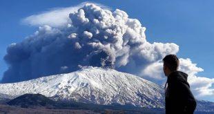 Ерупција вулкана Етна (видео) 9