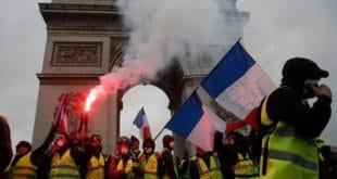 БИТКА ЗА ПАРИЗ: Погледајте како су Французи разбили Жандармерију (видео) 8