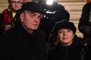 Политички водвиљ у Србији: КАО-ВЛАСТ И КАО-ОПОЗИЦИЈА СЕ КАО СВАЂАЈУ 8
