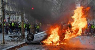 "Поново немири у Паризу: Сузавац против ""жутих прслука"", 120 особа ухапшено (видео) 7"